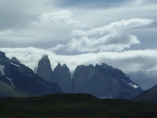 Torres del Paine National Park, ชิลี: CUERNOS DEL PAINE