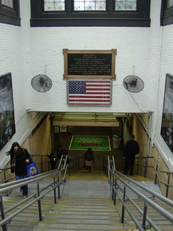"""T"" underground, Boston Common station"
