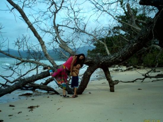 El Nido, ฟิลิปปินส์: WITH HIS MUM XMASS 06