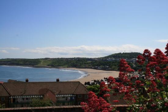สการ์เบอโร, UK: Utsikt til stranda :-)