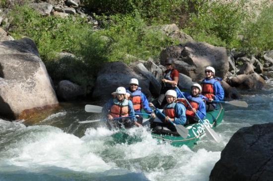 บิกสกาย, มอนแทนา: White water rafting on Gallatin River