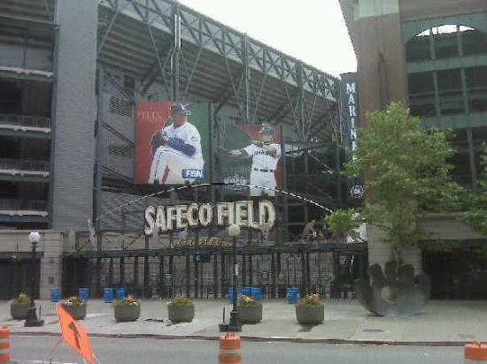 Safeco Field: On the duck tour