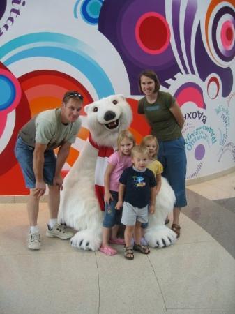 World of Coca-Cola: posing with the Coca-Cola polar bear