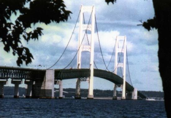 แมกคินนอว์ซิตี, มิชิแกน: Makinac Bridge
