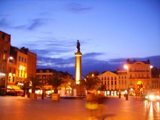 ลีล, ฝรั่งเศส: Place du General de Gaulle