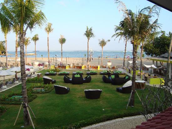 Holiday Inn Resort Baruna Bali: Views from balcony
