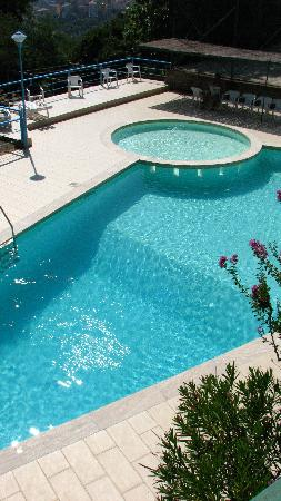 Hotel Villa Selene : excellent clean pool