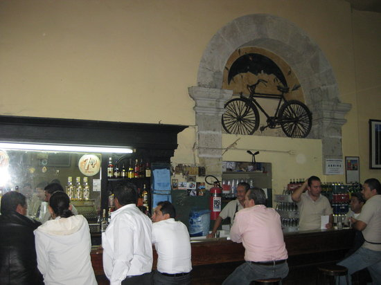 Cantina La Fuente: Gotta hear the story of the Bicycle