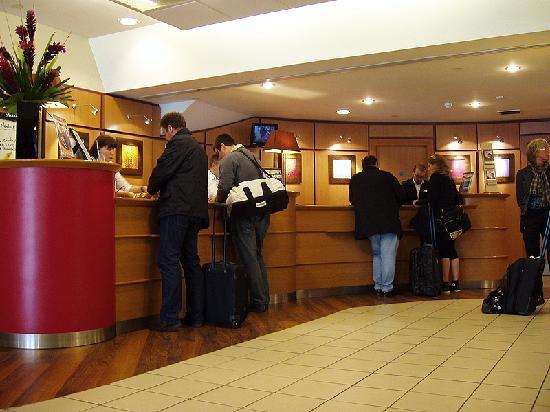 ไอบิส ลอนดอนซิตี้: Reception hotel