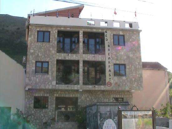 Villa Anri Mostar: Villa Anri - Built from traditioanl materials