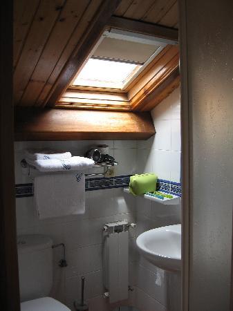 Costa Vella Hotel: Habitación 300: detalle del Baño
