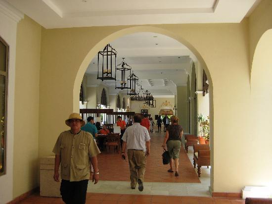 Valentin Imperial Riviera Maya: Lobby At Arrival