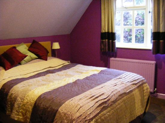 Castle Coaching Inn: Our gorgeous bed!