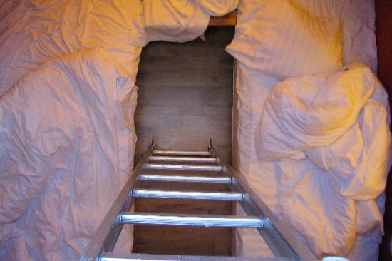 Utter Inn: Down Below