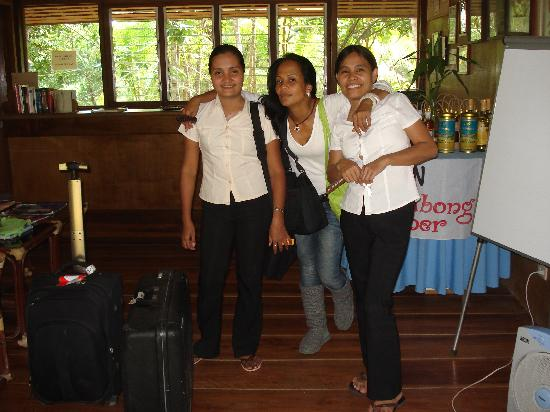 Busuanga Island Paradise: DeeDee with the lovely ladies