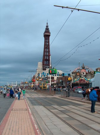 Brincliffe Hotel: Blackpool only 10 minutes away & The Tower.