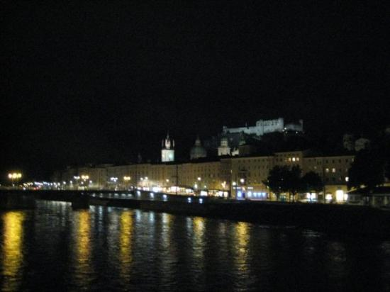 ป้อมปราการซอลซ์เบิร์ก: Salzburg