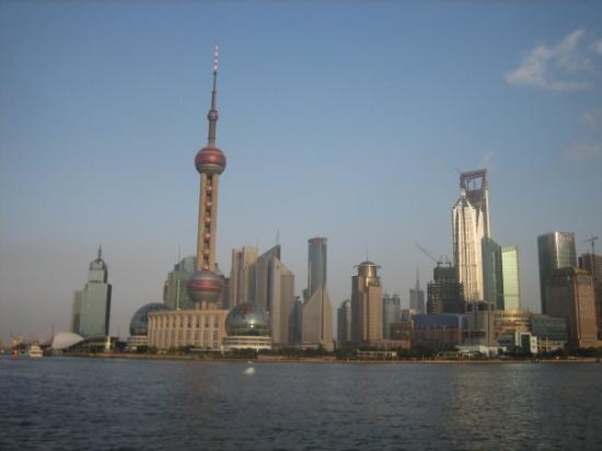 หอไข่มุก (ตง-ฟาง-หมิง-จู-ต่า): 上海 - Shanghai