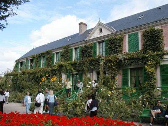 สวนและบ้านของเคลาด์โมเนท์: Giverny, France  Monet's home where he created the Japanese Garden that he used as inspiration