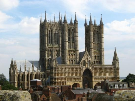 Lincoln Cathedral: My favourite picture from the 2007 tour.