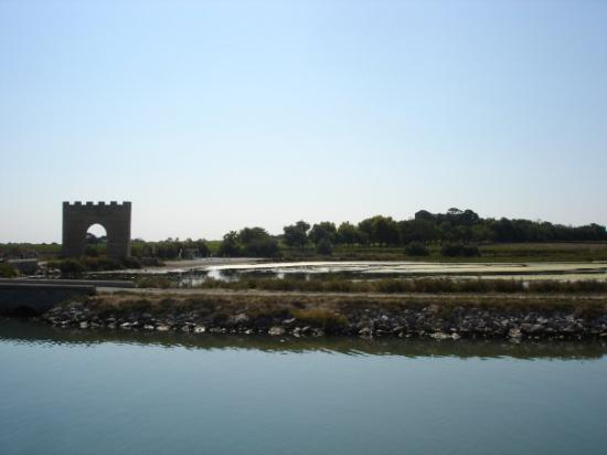 Villeneuve-les-Maguelone Photo