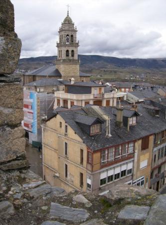 ปอนเฟร์ราดา, สเปน: Ponferrada