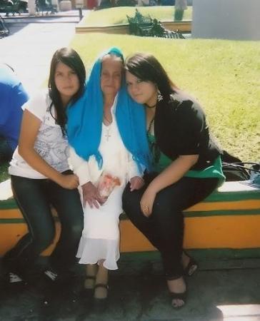 Irapuato, เม็กซิโก: mi hermana y mi abuela(barbie)