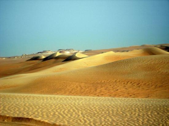 Siwa, อียิปต์: there are sand dunes and then there are THE SAND DUNES OF the GREAT SAND SEA