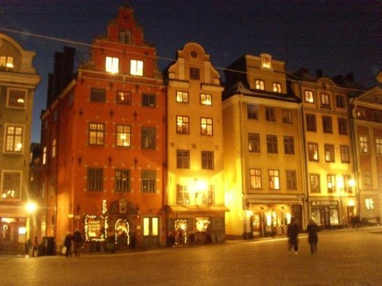 Stockholm Old Town: Gamla Stan (il centro)...