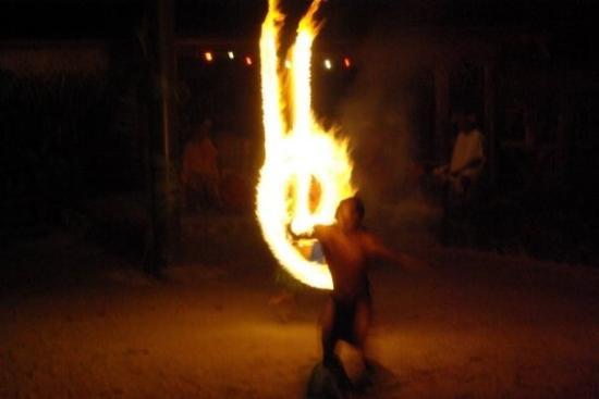 Tiki Village Cultural Centre : Moorea - Feuertanz