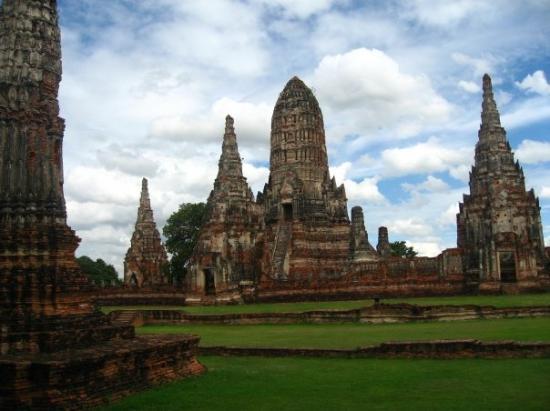 Ayutthaya Historical Park (UNESCO World Heritage Site ...