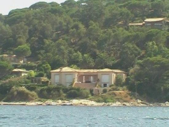 Maison d 39 elvis picture of saint tropez french riviera cote d 39 azur tripadvisor for Photo maison