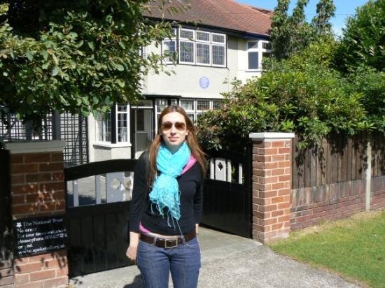 Mendips - John Lennon Home: E questa è casa di zia Mimì dove John abitava