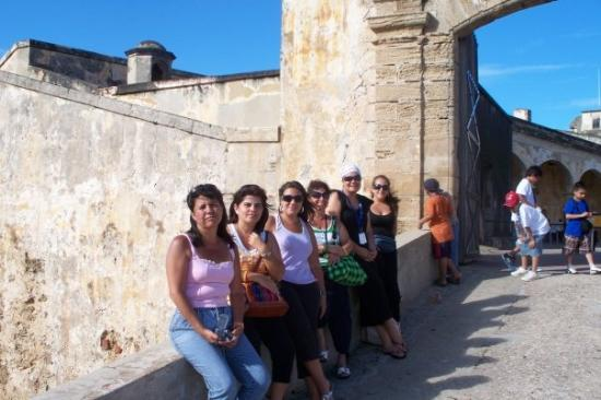 แหล่งประวัติศาสตร์แห่งชาติซานฮวน: Viejo San Juan, Castillo San Felipe del Morro... que lindas todas las mamás