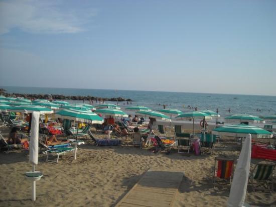 La spiaggia di Nettuno :)