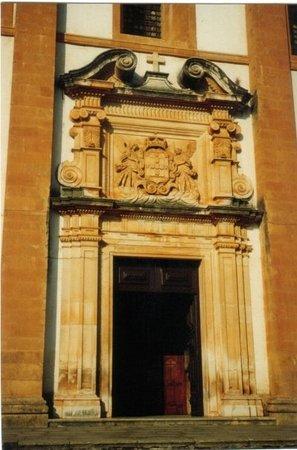 Das Kloster Santa Clara-a-Nova