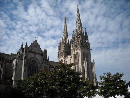 Cathedrale St-Corentin: The Cathédral Saint-Corentin, Quimper.