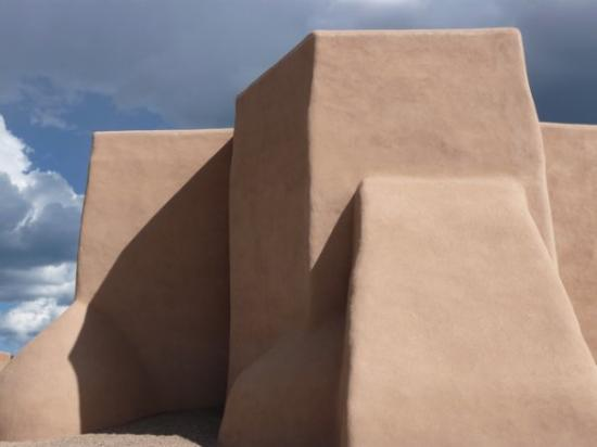 Ranchos De Taos, นิวเม็กซิโก: Look familiar? Perhaps like a Georgia O'Keefe painting?