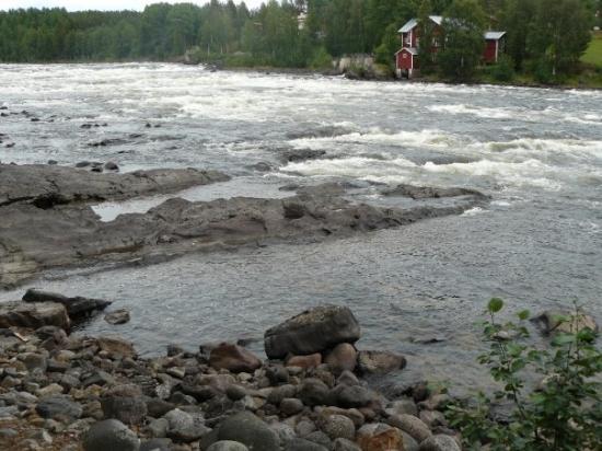 อูเมอา, สวีเดน: Stromschnellen am Vindelälven