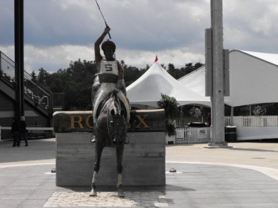 เล็กซิงตัน, เคนตั๊กกี้: The entrance to the new stadium that has been built at the Kentucky Horse Park.