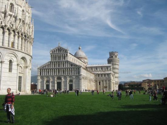 Piazza dei miracoli (Pisa)