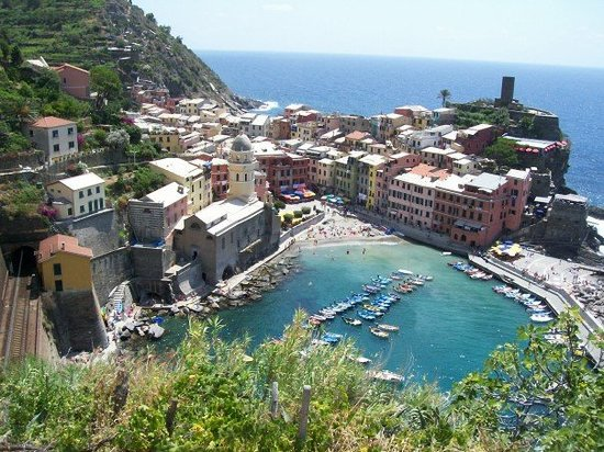 Vernazza Photo