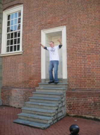 Independence National Historical Park: SPC Algreen doing the Rocky stairs in Independence Hall