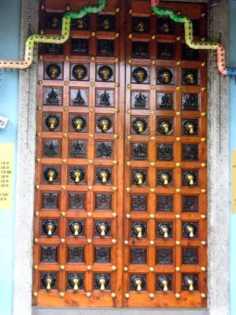 Singapore Singapore there\u0027s bells on the door. & there\u0027s bells on the door... - Picture of Singapore Singapore ...