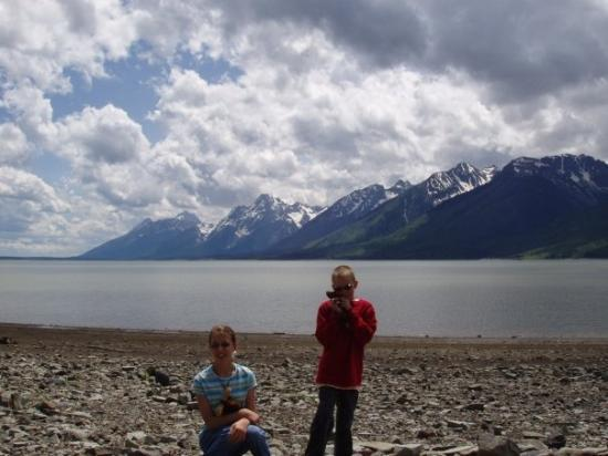 Grand Teton National Park, ไวโอมิง: The kids at Grand Tetons National Park, Wyoming.