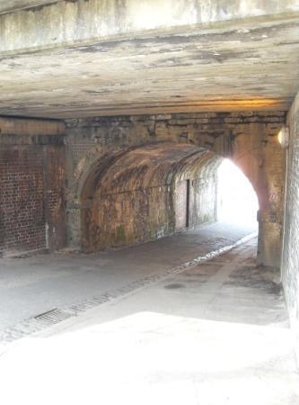 บริสตอล, UK: The light at the end of the tunnel