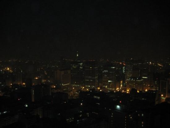 Italian Building: Desde el piso 42 del Terrazo Italia, el restaurant más alto de Sao Paulo