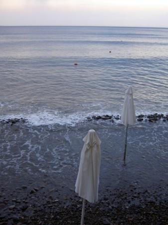 Mytilene, กรีซ: A little storm in the beach of Molivos!