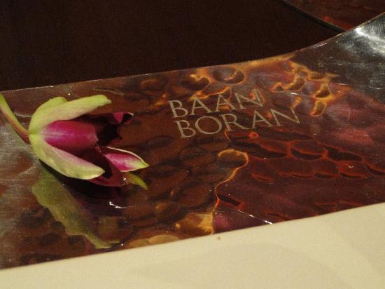 Impiana Resort Chaweng Noi: An evening dinner and cultural show at Baan Boran