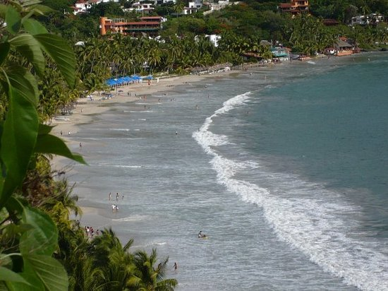 American Restaurants in Ixtapa